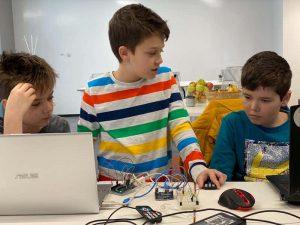 jocuri educative code school clubs